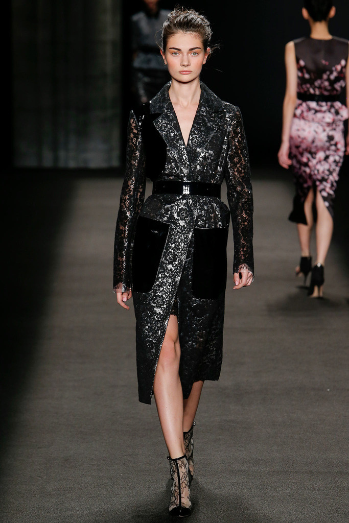 Monique lhuillier fall / winter